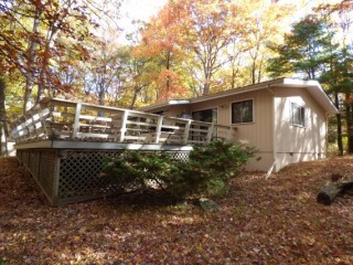 Poconos Home in Gated Community!