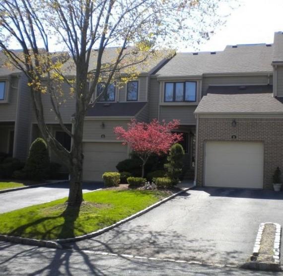 Fox Hollow Apartments: 8 Adina Terrace Montville NJ 07045