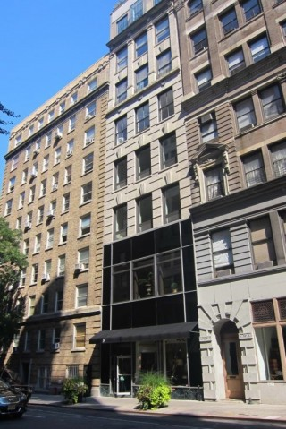 3,000± SF Ground Floor Retail/Commercial Condo Loft in NYC