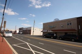 Commercial Bldg + 2 Apts & Liquor License