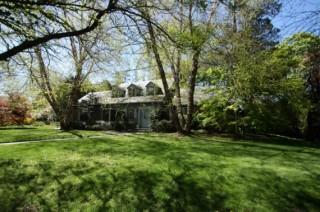 Elegant Cape Cod Home in Great Neck Estates